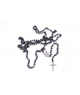 Náhrdelník s krížom striebornej farby - čierny