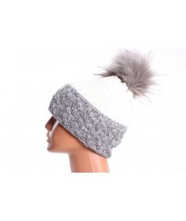 Dámska zateplená čiapka s farebným paspólom - sivo-krémová