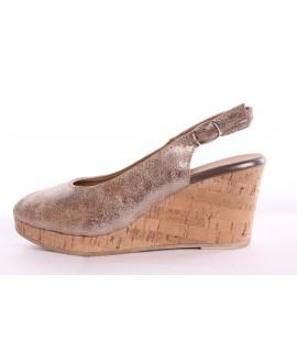 41897819bf Dámske kožené sandále TAMARIS (1-29313-20 185) - zlaté (v