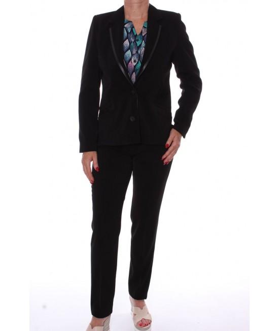 Dámsky nohavicový kostým s paspólom - čierny
