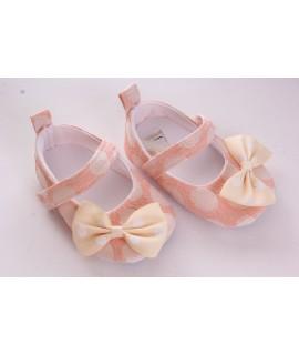 Baby topánky bodkované a zdobené mašlou - ružové