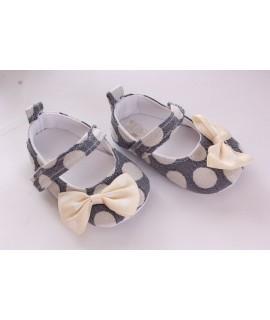 Baby topánky bodkované a zdobené mašlou - sivé
