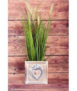 Drevený závesný šuflík na sadenie kvetov so srdcom (18,5x18,5x18,5 cm) - hnedý