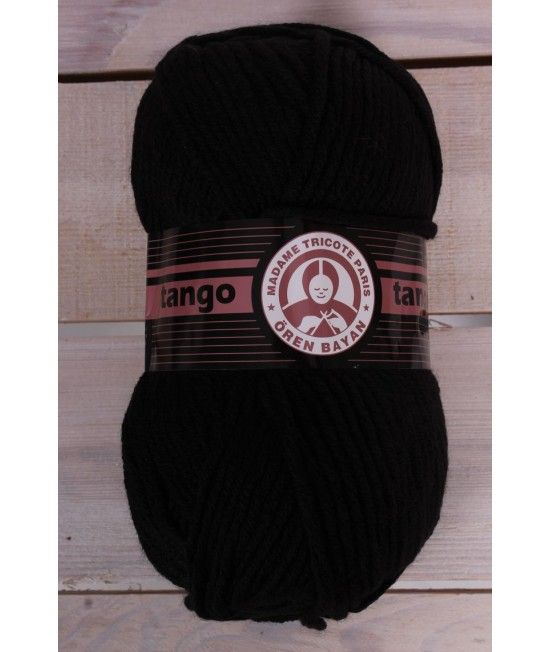 Vlna TANGO 999 - čierna (100 g - 120 m)