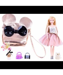 Bábika Emily so zlatou kabelkou
