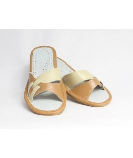 Dámske kožené papučky model 7 36