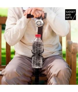 Drevená palica so zvončekom a držiakom na fľašu